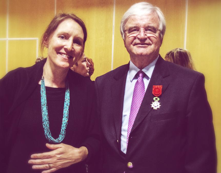 Marc Ventre, administrateur de SAFE Cluster, reçoit les insignes d'Officier de la Légion d'Honneur